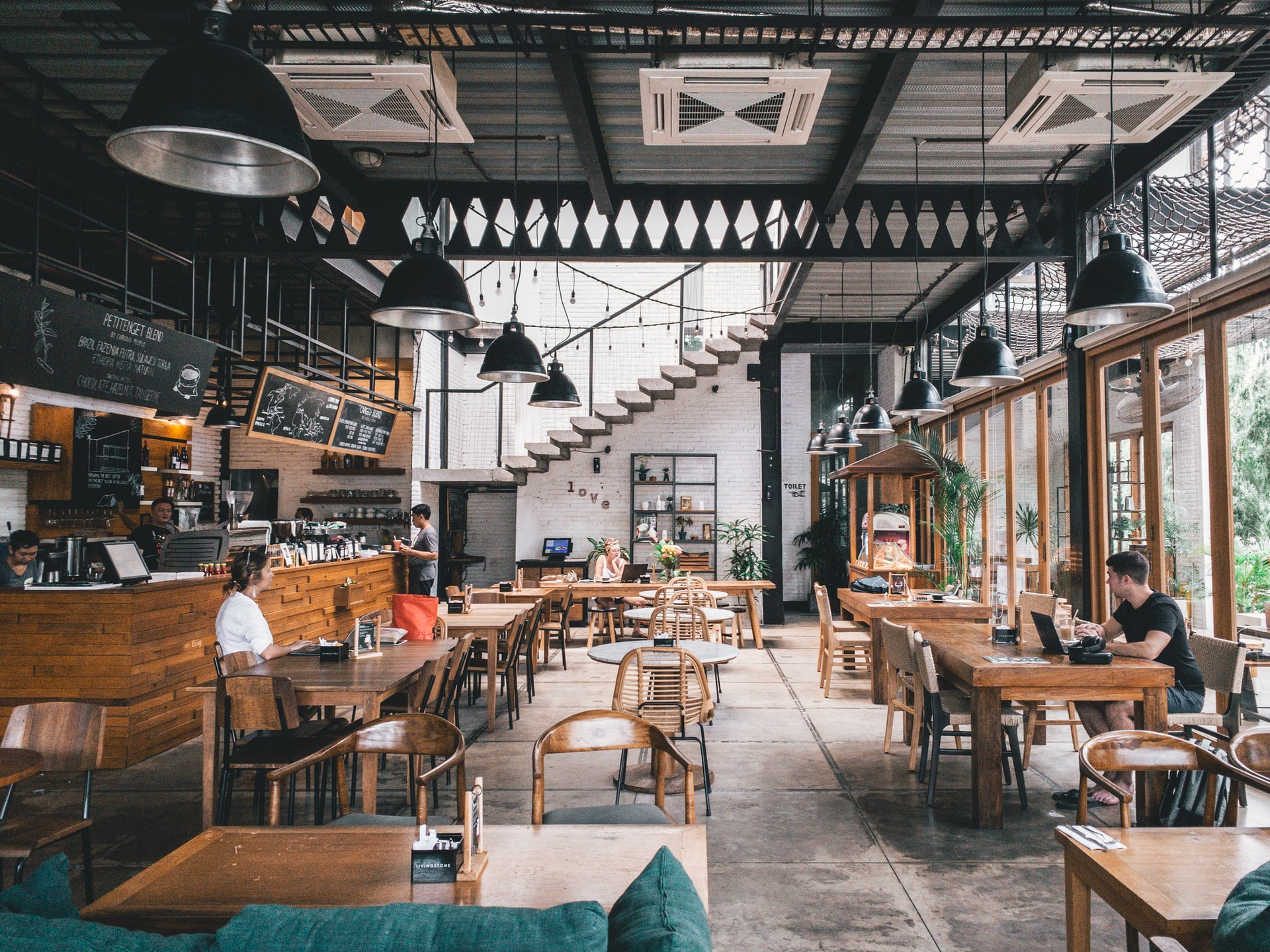 The Restaurant Owner's Guide to Plumbing Maintenance